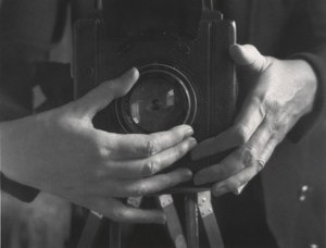 AlmaLavenson-Self-Portrait-Hands-1932